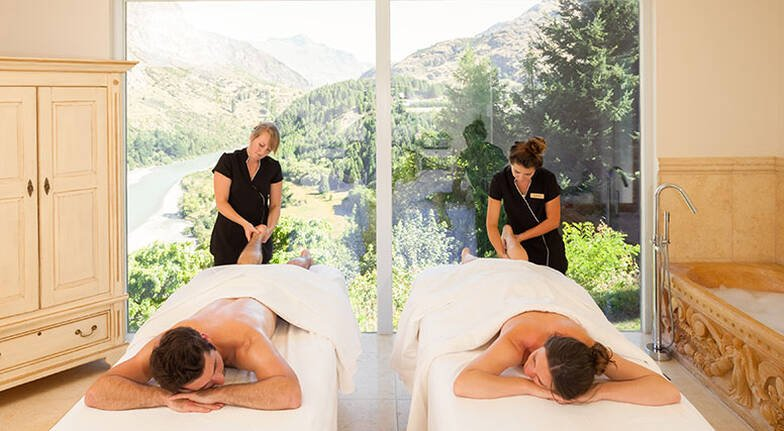 2 Night Romantic Queenstown Stay with Massage and Dinner