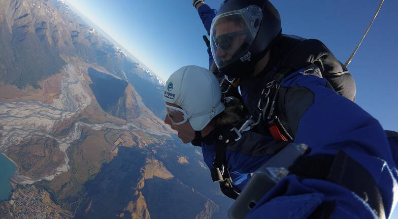 Glenorchy Tandem Skydive with Queenstown Transfers - 9,000ft