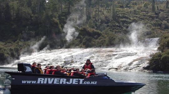 Waikato River Thermal Safari Adventure with Thrill Ride