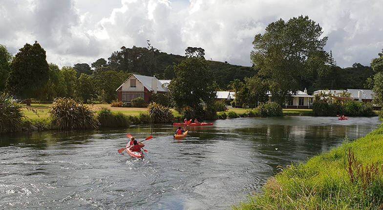 Self Guided Kayaking Tour on the Ohau Channel - For 4