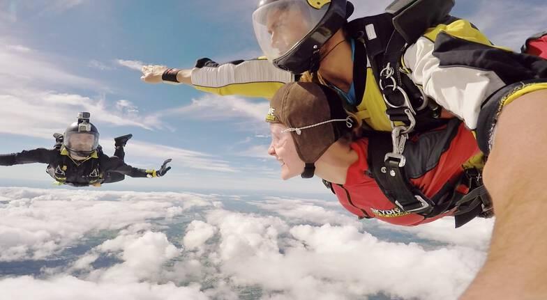Tandem Skydive Over Bay of Islands - 12,000ft
