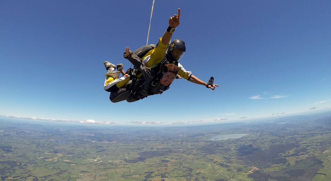 Tandem Skydive Over Bay of Islands 16,000ft