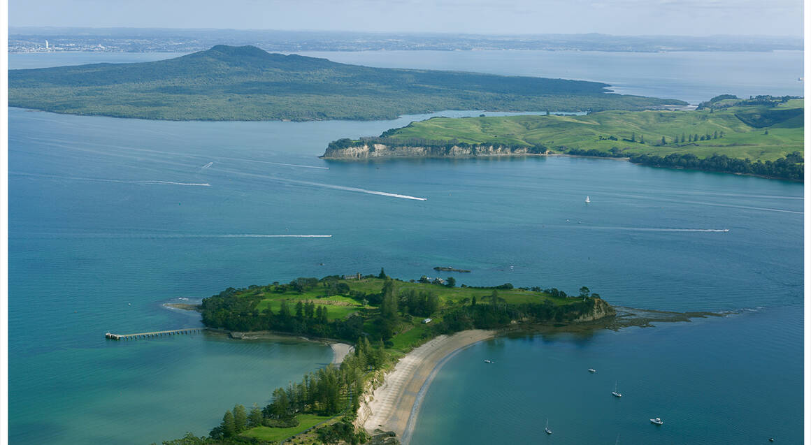 Seaplane Flight Over Rangitoto with 1 Front Seat - For 2