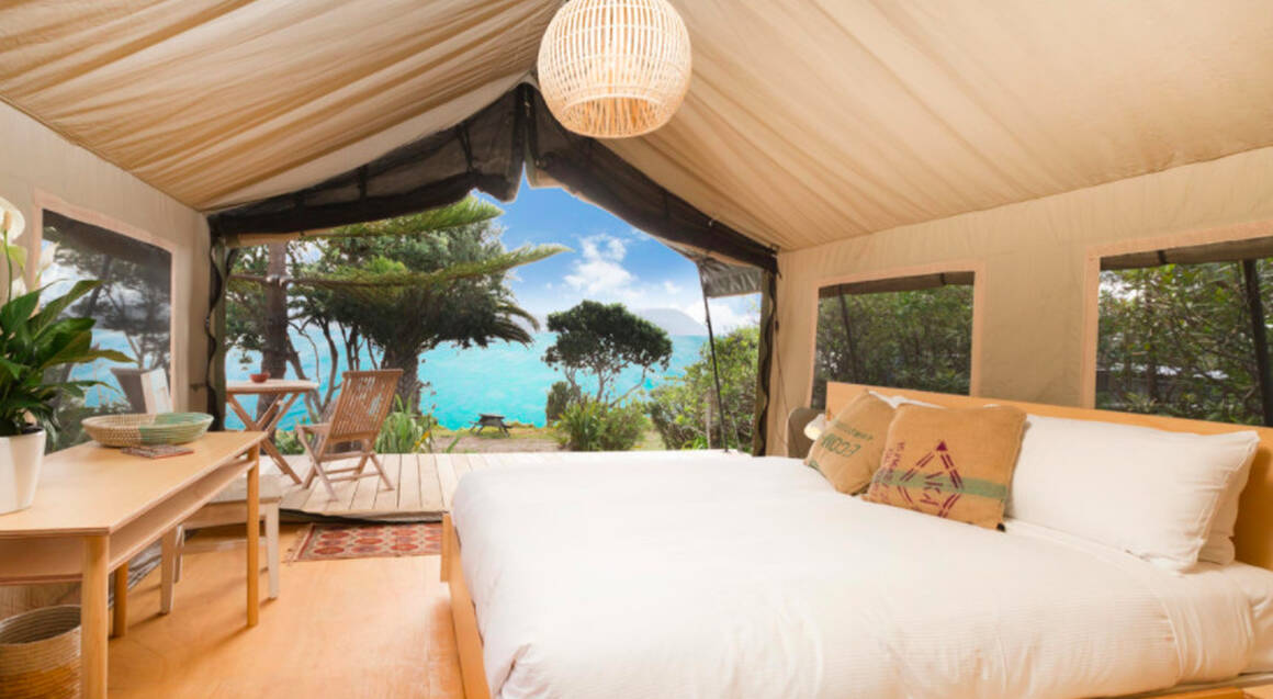 Overnight Luxury Glamping on Slipper Island with Transfers
