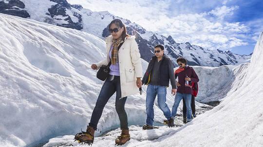 Tasman Glacier Heli Hike with Scenic Flights - Full Day