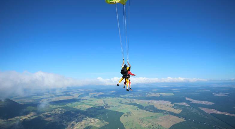 Tandem Skydive Above Lake Taupo - 18,500ft