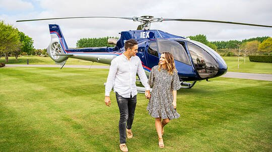 Wellington Romantic Helicopter Flight with Bubbles - For 2