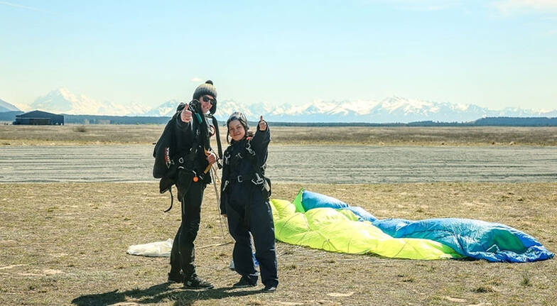 Helicopter Flight and 9000ft Skydive Combo  Mt Cook